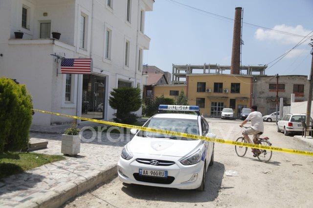 Policia e kthen në vendin e vrasjes së shokut, Marjusi ishte i veshur