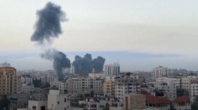 Qindra raketa godasin Izraelin, numri i viktimave shkon në 74