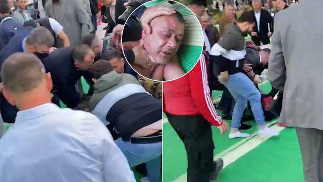 Incident në ceremoninë e faljes së Fitër Bajramit, një