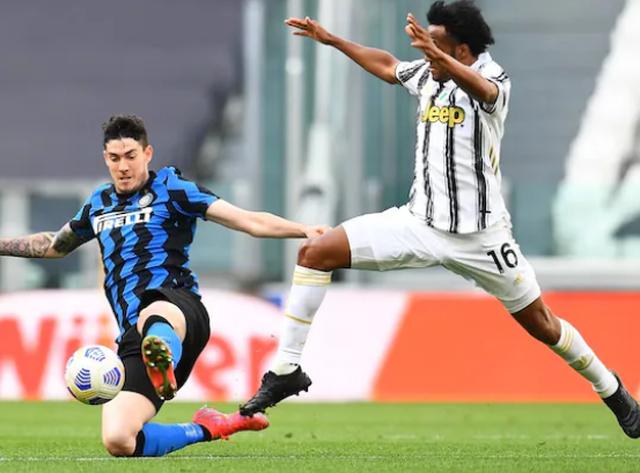 Derbi i Italisë vendoset nga episodet, Juventusi mposht 3-2 Interin