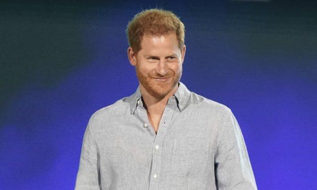 """Princi Harry: Jeta në familjen mbretërore si në """"Truman"""