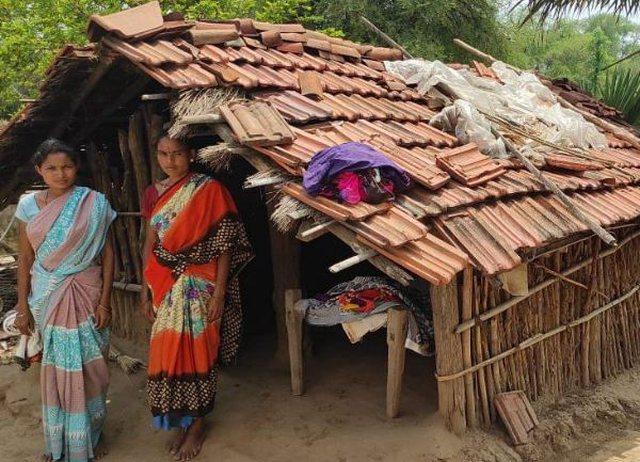 Dëbohen sepse janë me menstruacione,  gratë indiane izolohen