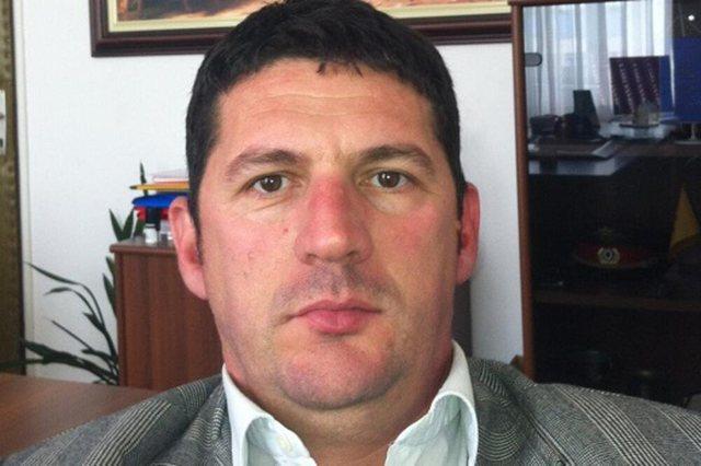 Del autopsia, Elezoviç u vra me një plumb në kokë,