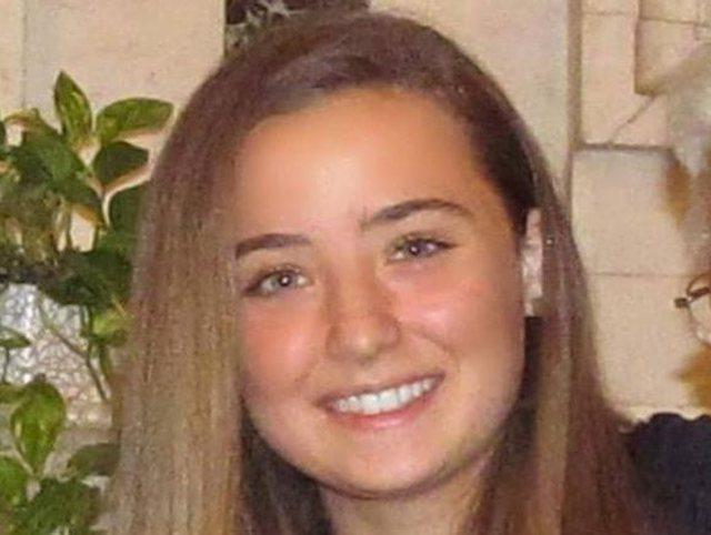 Vdes 18 vjeçarja, ishte vaksinuar me AstraZeneca / Prindërit: Do