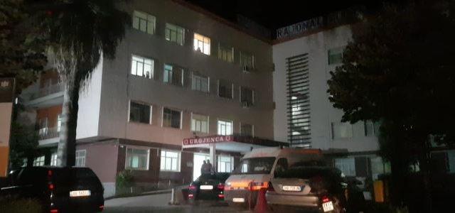 Aksident në Vlorë, makina përplas një grua dhe