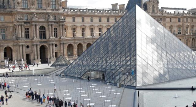 Franca lehtëson kufizimet, heq maskat dhe orën policore