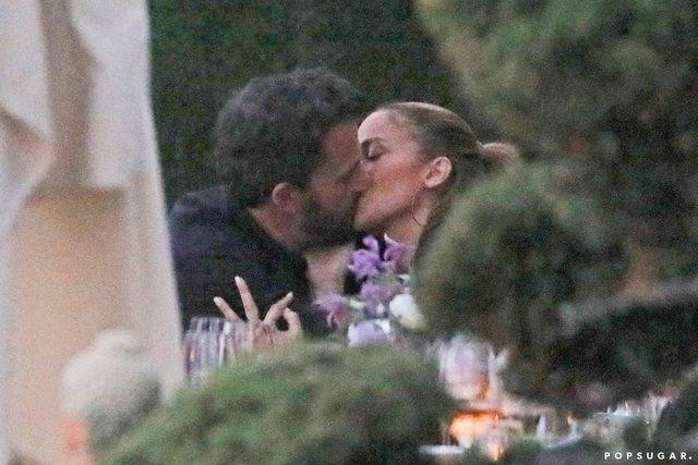 U ribashkuan pas 17 vitesh, Jennifer Lopez dhe Ben Affleck marrëzisht
