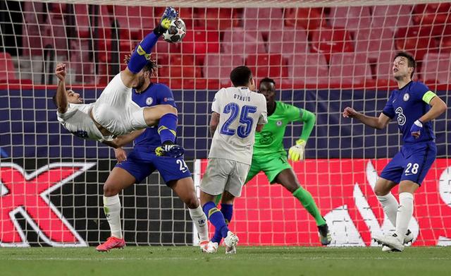 Video/ UEFA zgjedh golin më të mirë të vitit,