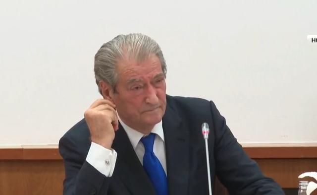Precedenti/ Berisha tregon historinë e kryeparlamentarit 'Non