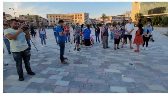 """""""Drejtësi për Sabrinën""""/ Qytetarët protestë"""