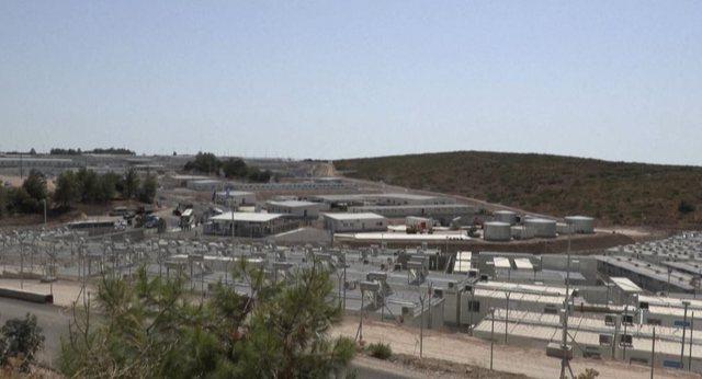 """Greqi, """"burg"""" i ri për azilkërkuesit (foto)"""
