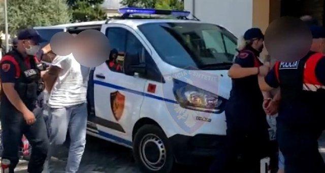 """Me emigrantë të paligjshëm në """"BMW"""" arrestohet"""