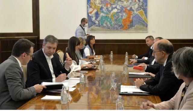 Vuçiç në takimin me Ambasadorët e Quint-it: Nuk do
