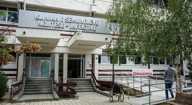 Covid, situatë e qëndrueshme në Kosovë, 3 humbje jete dhe 23
