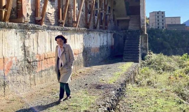 Yuri Kim viziton Spaçin: Të ruhet si një monument kombëtar