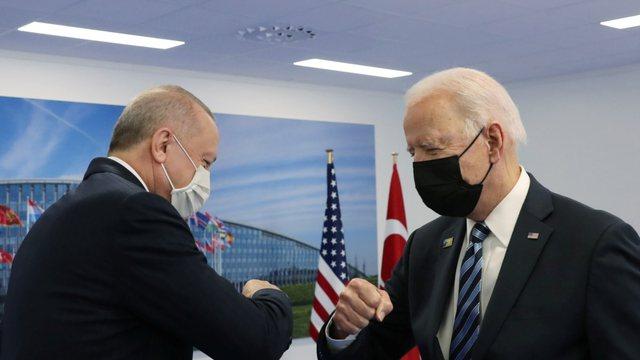 """Biden dhe Erdogan thonë se kanë pasur bisedime """"produktive"""""""