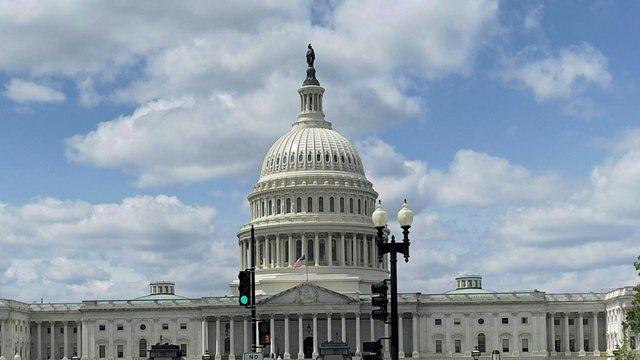 Senati kërkon shpjegime mbi konfiskimin e të dhënave të