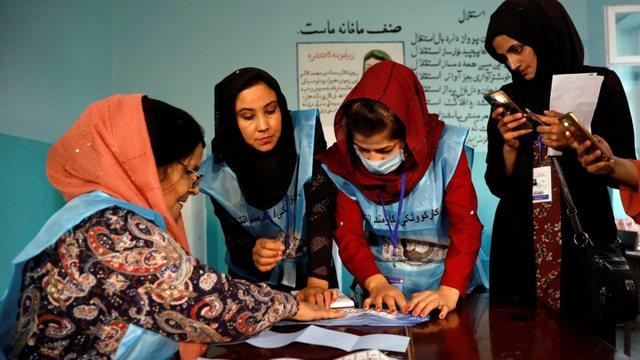 Talibanët nuk e përjashtojnë mundësinë e mbajtjes