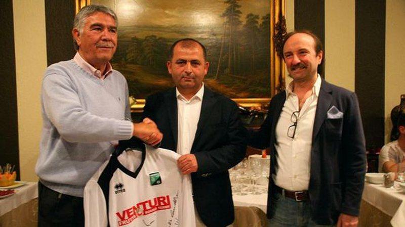 Itali, pranga biznesmenit shqiptar, Gëzim Sallaku. Presidenti i një