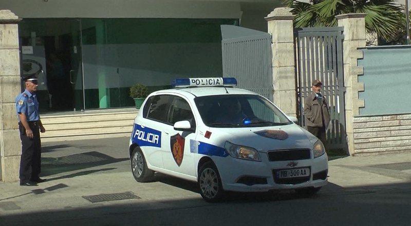 """Pranga """"maniakut"""" në Tiranë, mbetet në burg"""