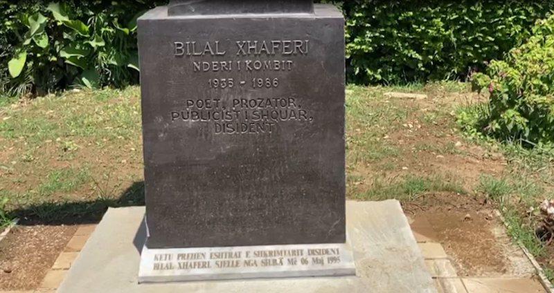 Obelisku i Bilal Xhaferrit në Sarandë, e motra denoncon: Bashkia do