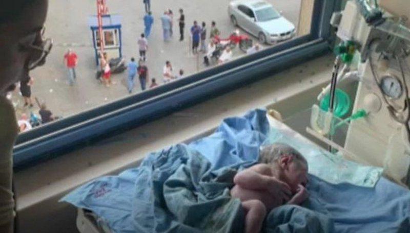 Gruaja lind foshnjën në momentin e shpërthimit në Beiurt,