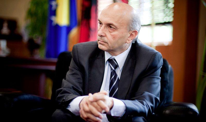 """Isa Mustafa fiton """"betejën"""" me koronavirusin"""