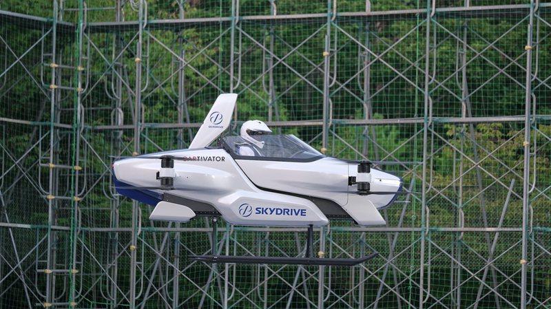 Japonia teston me sukses makinën fluturuese elektrike