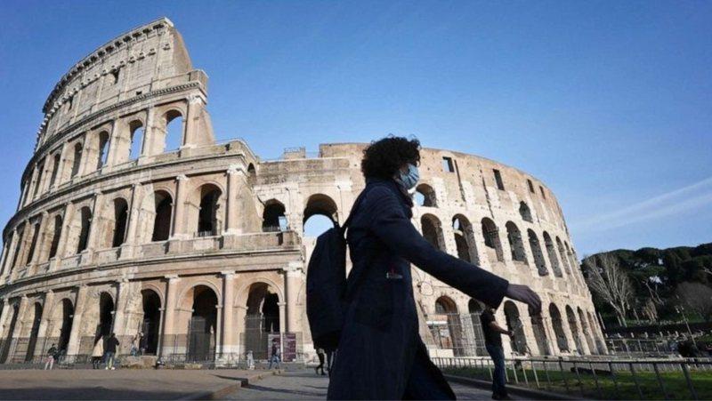 Italia e mbyllur deri në maj, nga e hëna 10 rajone me të kuqe