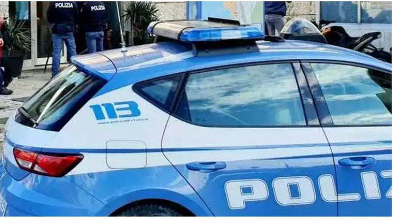 Rreth 50 kg drogë dhe mbi 160 mijë euro, dy shqiptarë të