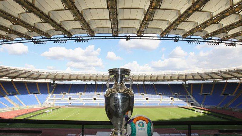 Italia do të lejojë tifozët në Kampionatin Europian