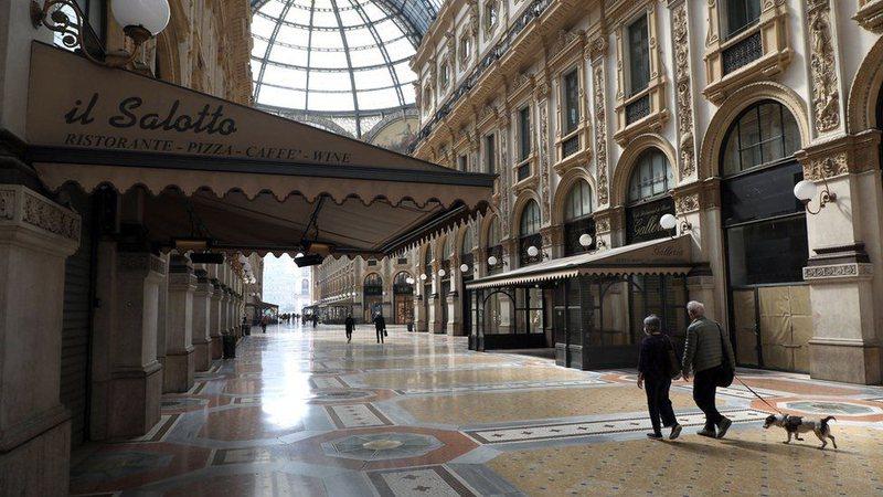 Rritja e rasteve të Covid-19, Italia feston Pashkët në