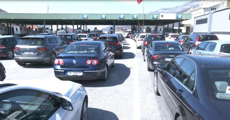 Mbi 48 mijë qytetarë nga Kosova e vizituan Shqipërinë