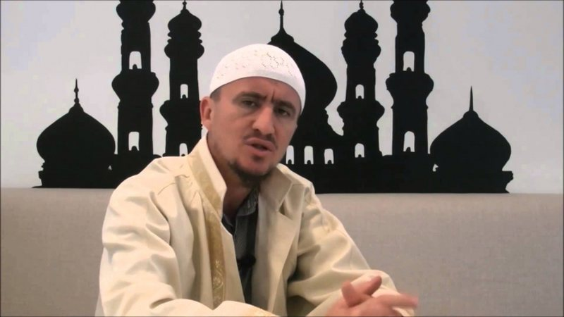 """A lejohen homoseksualët në xhami?"""", Imam Ahmed Kalaja: Nuk"""