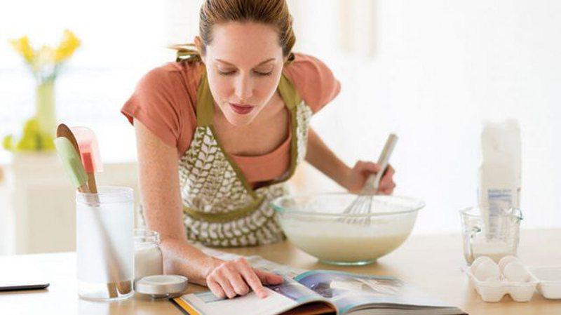 Gjashtë gabimet që bëjmë kur lexojmë recetat e gatimit