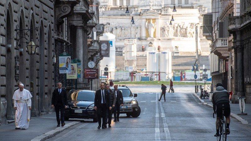 """""""Veni, Vidi, Biçi"""", në Romë për"""