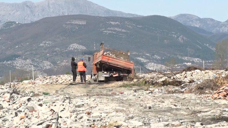 Në Kurbin toka e bukës mbulohet nga inertet e tërmetit të 26
