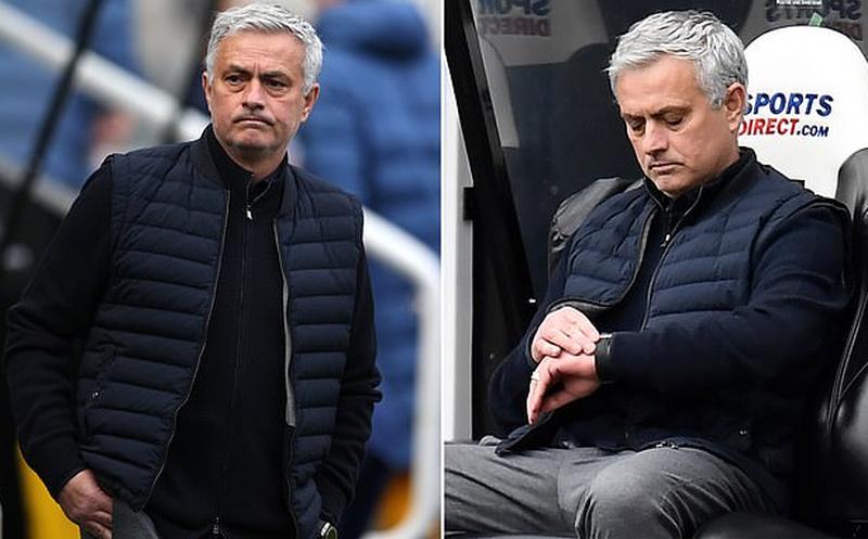 Lëkundet Mourinho, shkarkimi nuk është aq i shtrenjtë