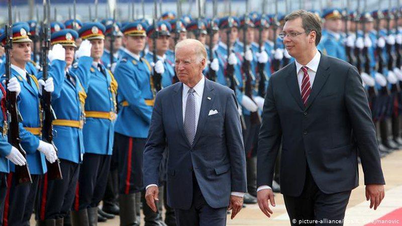 Biden: Normalizimi i raporteve Kosovë-Serbi kërkon kompromise të