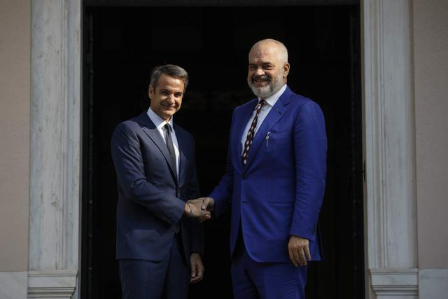 Greqia duhet të komunikojë me Shqipërinë bazuar në