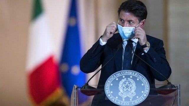 Italia rikthen masat kufizuese, baret dhe restorantet do të mbyllen pas