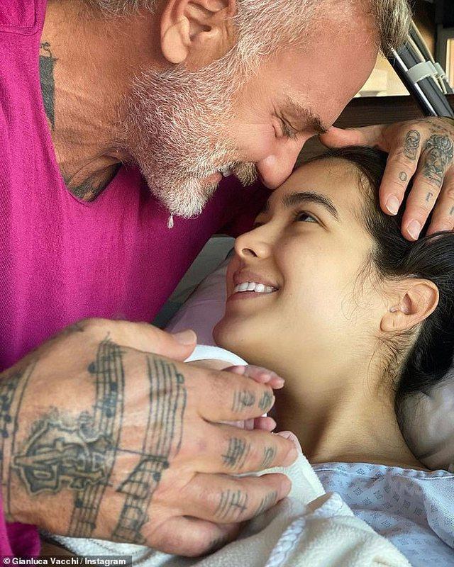 Çifti më i famshëm i Instagramit bëhen prindër, emri