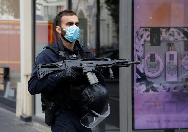 Sulm terrorist në Notre-Dame, tre të vdekur dhe disa të plagosur;