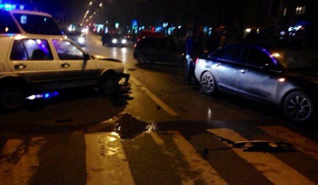 Fushë Prezë,  tri makina përfshihen në aksident, plagosen