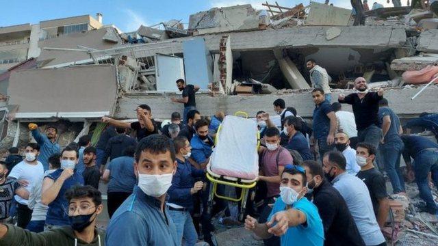 Shkon në 25 numri i viktimave nga tërmeti në Turqi, në Greqi
