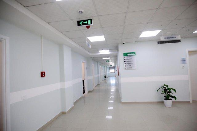 Rritja e të infektuarve, hapet spitali Covid 3 në Tiranë