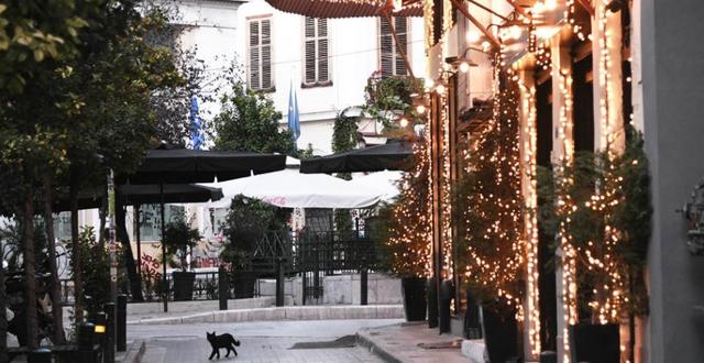 COVID-19/ Greqia shtyn izolimin kombëtar pas datës 30 nëntor