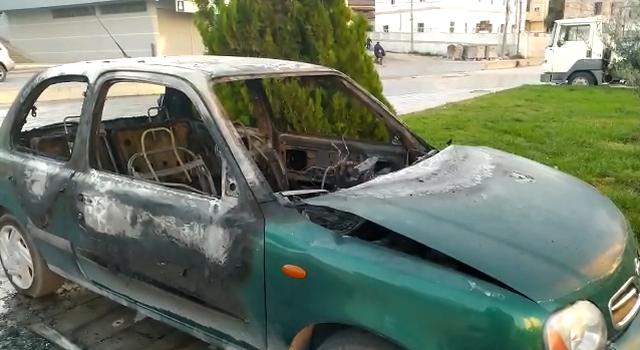 Emri/ Digjet gjatë natës automjeti në Vlorë, në