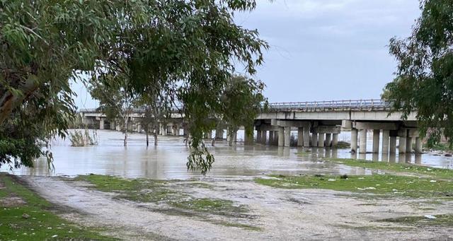 Moti i keq, përmbytje në Lezhë dhe Vlorë