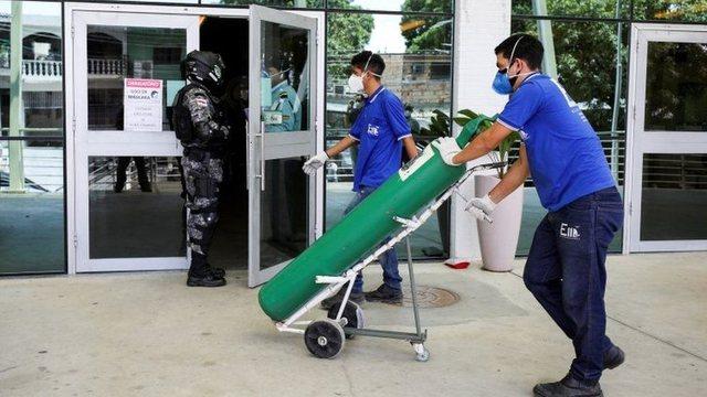 Spitalet në Brazil drejt kolapsit, mungon oksigjeni për pacientët